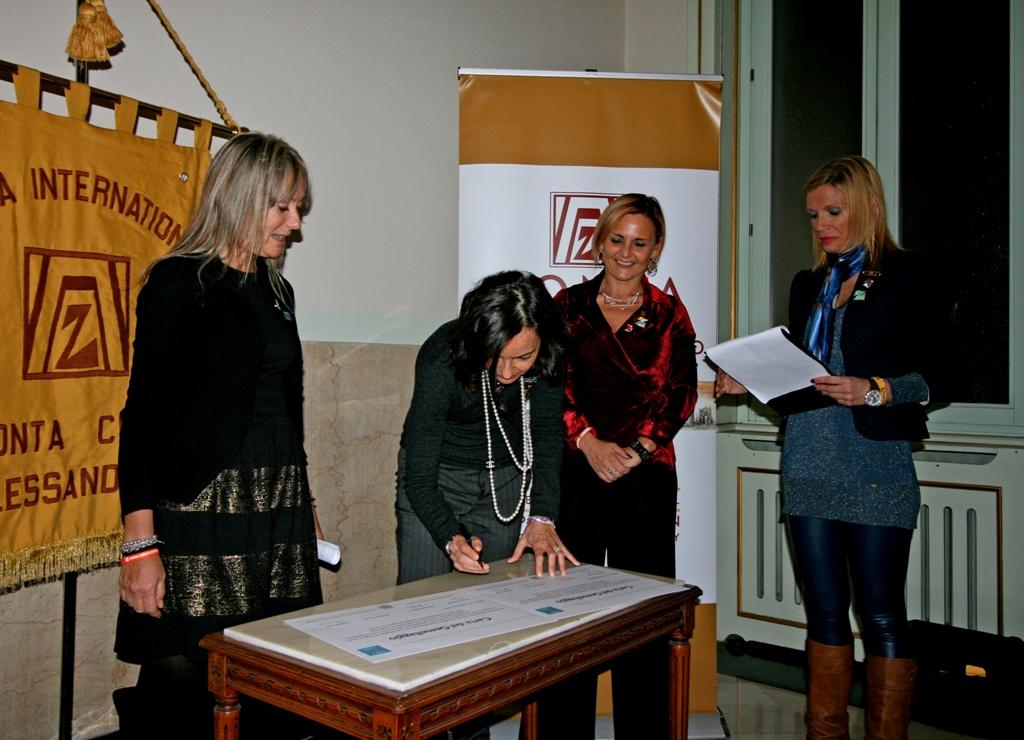 08_firme della Carta del Gemellaggio